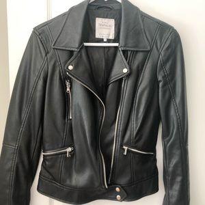 Zara black jacket in sizeS